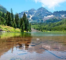 Maroon Bells. Summer by Valentina Gatewood