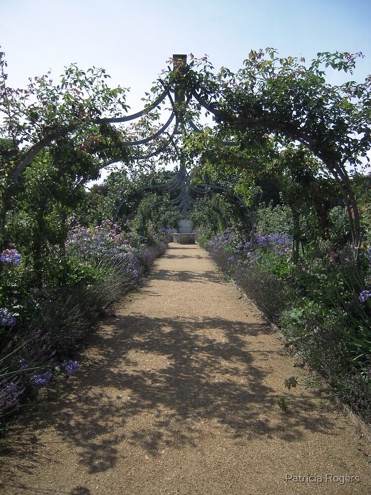 The Walled garden at Osborne House. by Patricia Rogers