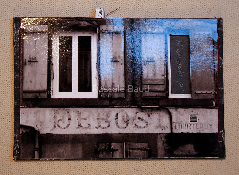 Secret Postcard n°2 by Pascale Baud