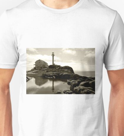 Cape Forchu Lighthouse, Yarmouth, NS Unisex T-Shirt