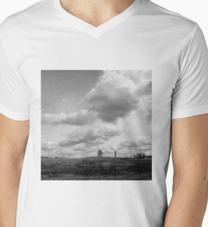 landscape with giants Mens V-Neck T-Shirt