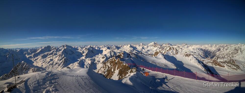 Alpine Skiing by Stefan Trenker