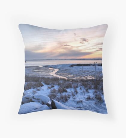 Snowy Sunset over the River Humber Throw Pillow