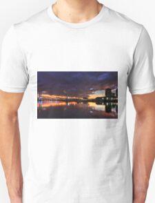 Melbourne,Docklands Unisex T-Shirt