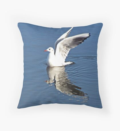 """VERTICAL TAKEOFF"" Throw Pillow"