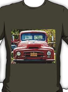 Old Red Farm Truck T-Shirt
