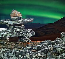 Inukshuk under the Northern Lights by Istvan Hernadi