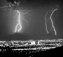 Phoenix Arizona Lightning Strikes by Bo Insogna