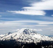 Mount Rainier by Mozwik