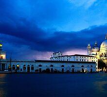 Lightning in Venice by jwwallace