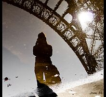 Eiffel reflection by Jean  Malnory