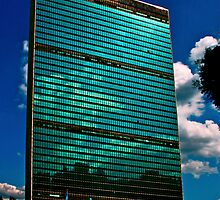 The United Nations Building by micpowell