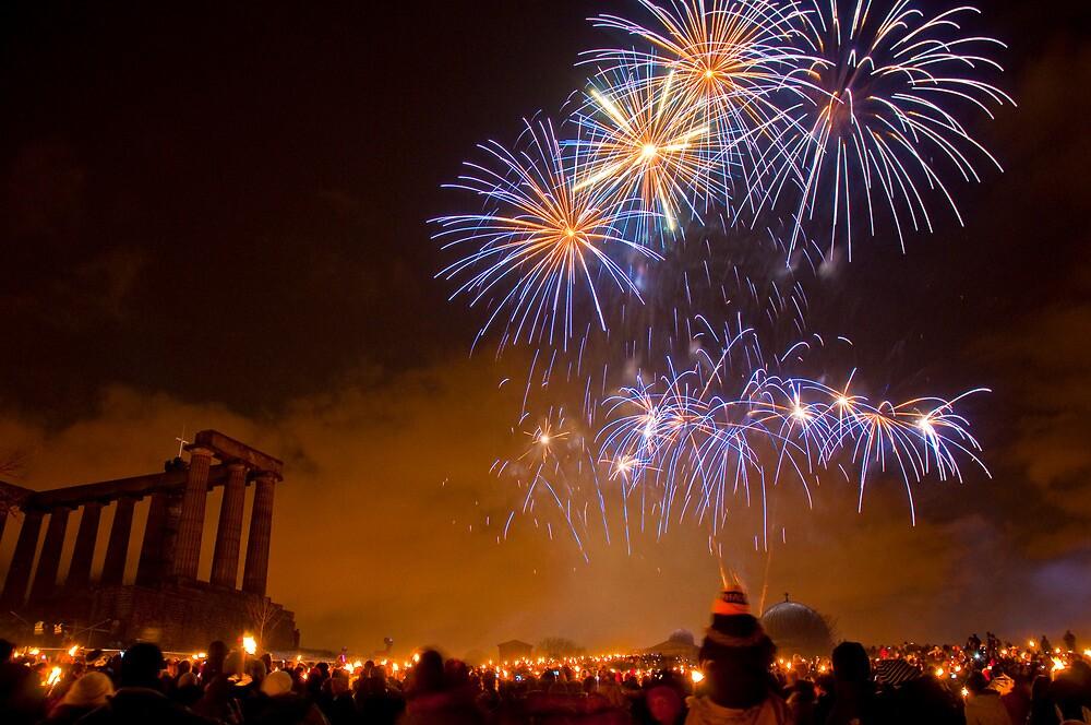Torchlight Procession 2009 Fireworks, Edinburgh by GrantR