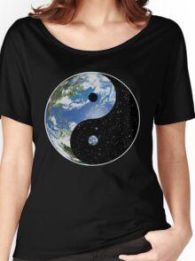 Earth / Space Yin Yang Symbol Women's Relaxed Fit T-Shirt