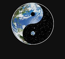 Earth / Space Yin Yang Symbol Women's Fitted Scoop T-Shirt