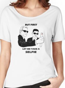 let me take a selfie! Women's Relaxed Fit T-Shirt