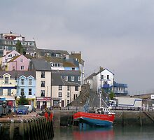 Brixham Harbour Jetty 2008 (photo) by Woodie