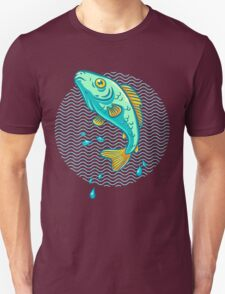 fish jumping out of water Unisex T-Shirt