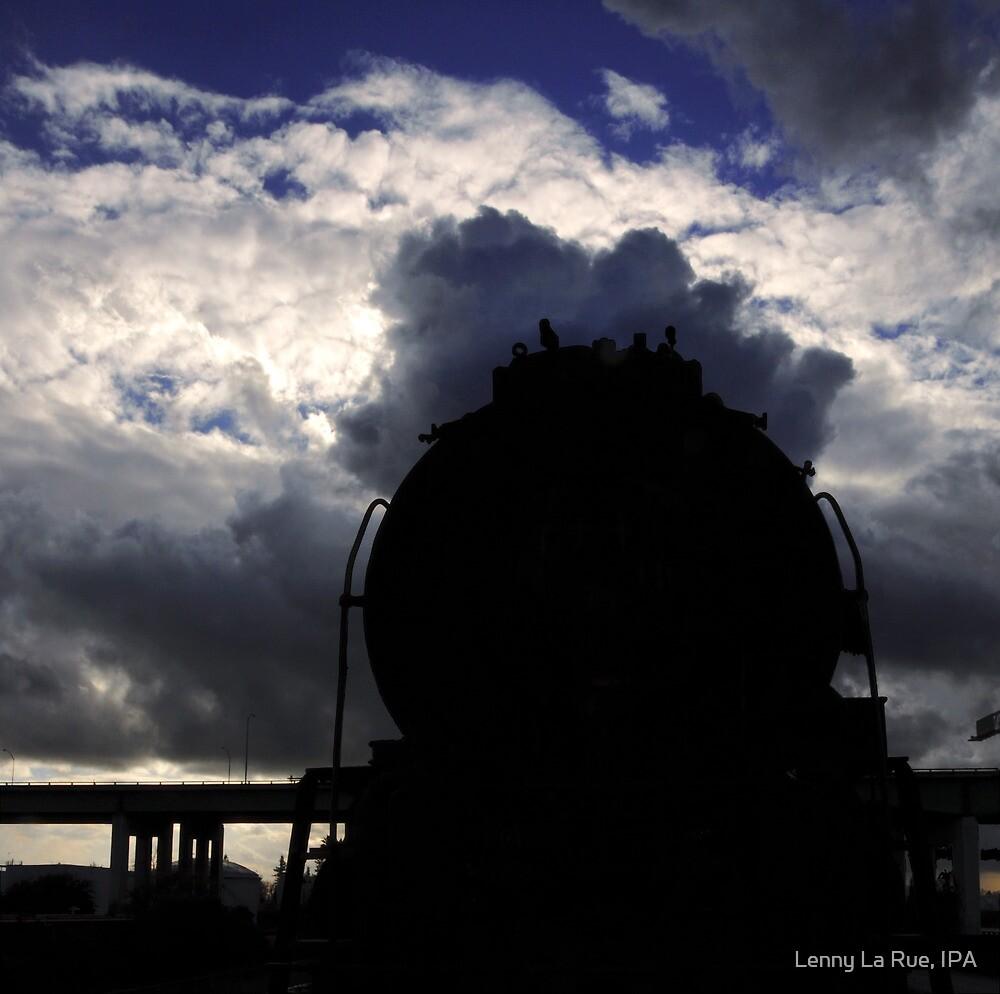 locomotive/sky by Lenny La Rue, IPA