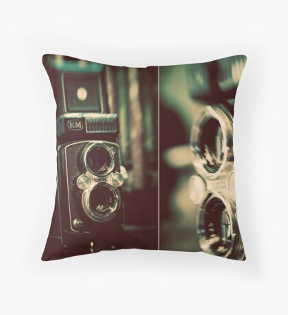 vintage fascination Throw Pillow