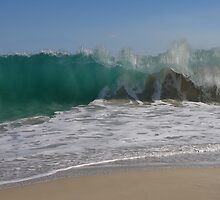 Incoming wave - scary but beautiful by georgieboy98