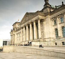 Reichstag in Berlin by Hilthart Pedersen