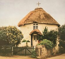 Round House at Veryan, Cornwall by Lissywitch