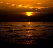 Wasaga beach sunset!... by sendao