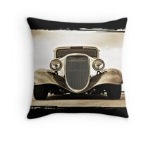 1933 Ford Coupe Lomo © Throw Pillow