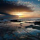 Breaking Dawn - Lorne, Victoria by Anthony Evans