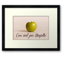 Ceci n'est pas Magritte - pomme Framed Print