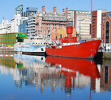 Albert Dock, Liverpool by mickeydoodah