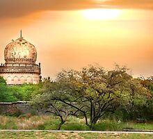 Quli Qutb Shahi Tombs by snehit
