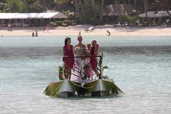 Bridal Girls In Rarotonga by coffeebean