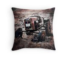 Go further go FAHR Throw Pillow