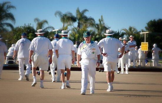The Aussie Bowlers © by Vicki Ferrari