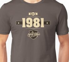 Born in 1981 (Cream&Choco) Unisex T-Shirt
