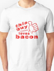 This guy loves bacon geek funny nerd T-Shirt