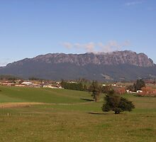 Mount Roland, viewed from Sheffield Tasmania by Jane Bouchard