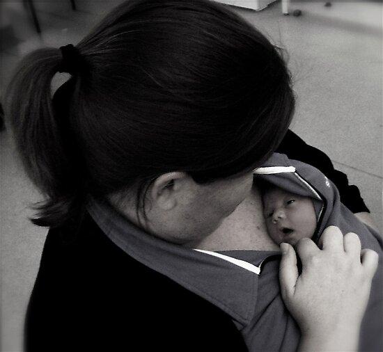 I can hear mummy's heart beat! by JadeHarmony