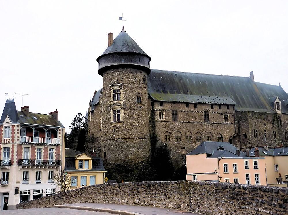 Le Vieux-Château LAVAL (France) by Franlaval