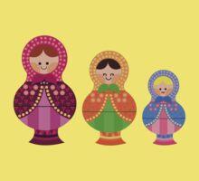 Matrioskas 2 (Russian dolls 2) Kids Tee