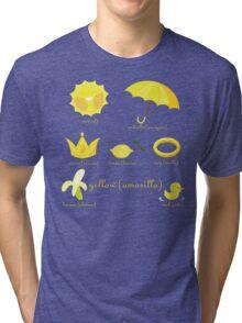 Colors: yellow (Los colores: amarillo) Tri-blend T-Shirt