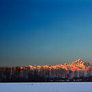 Sunrise & Moon by becks78