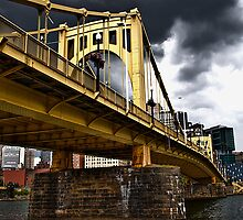 6th St Bridge by Anthony  Popalo
