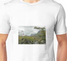 Cradle Mountain from lake Lilla, Tasmania, Australia. Unisex T-Shirt