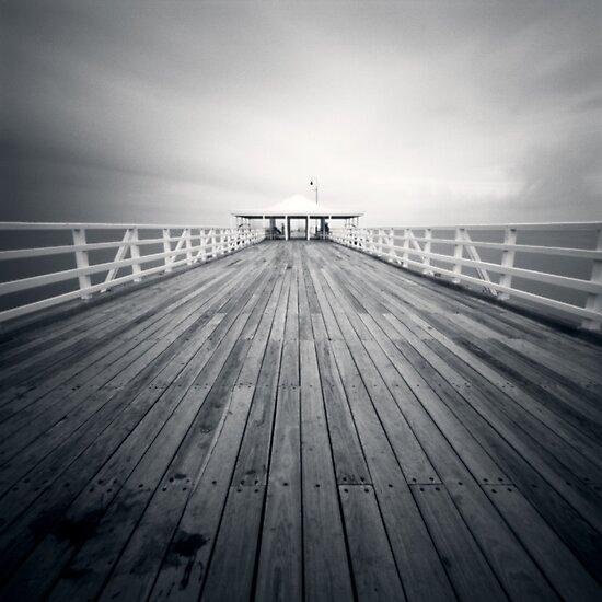 pier ll by Sue Hammond