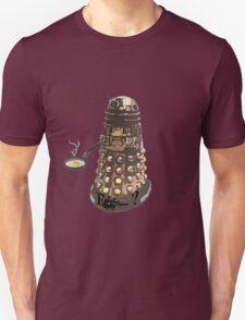 Eg..egg...s...? The Broken Dalek T-Shirt