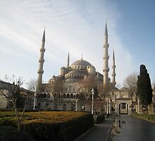 Early morning at Sultanahmet Mosque, Istanbul by Catherine Young