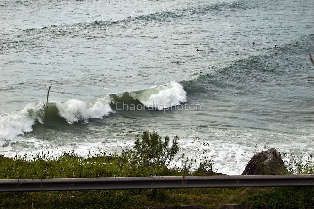 Waves and Surfers by Chaordicphoton